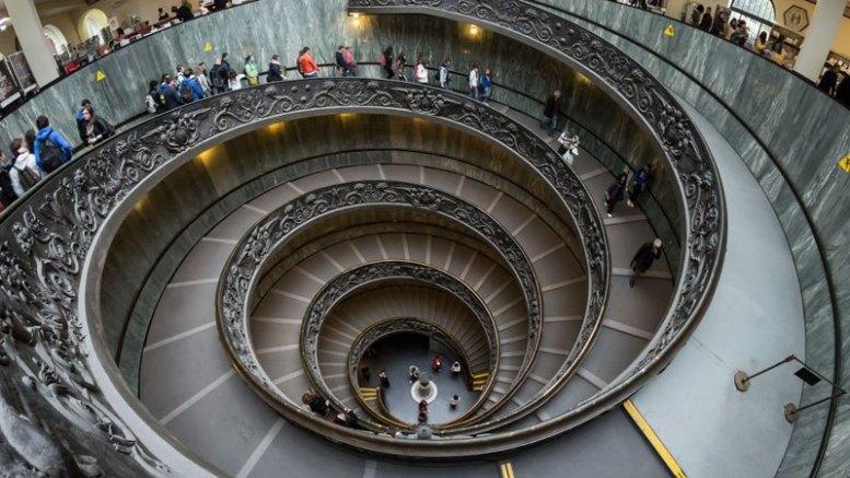En route vers le Vatican pour la purification