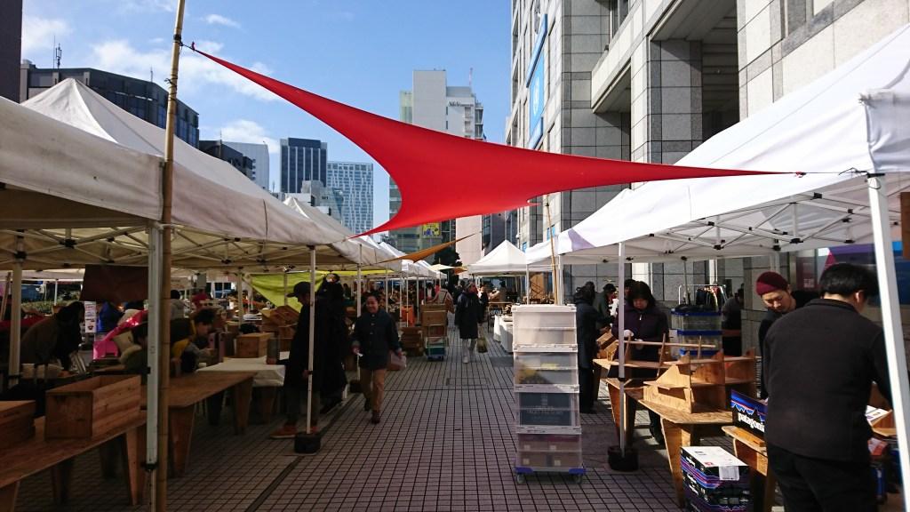 farmers-market-at-unu20190223