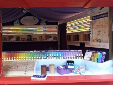 Chalet d'huiles essentielles au marché de noël d'Angers