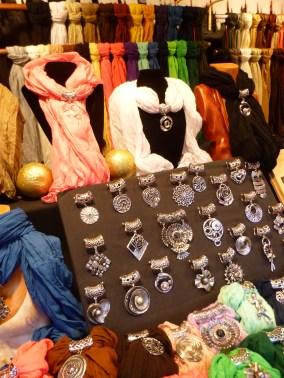 Foulard bijoux un cadeau original