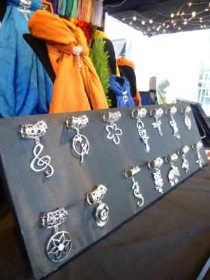 Le bijou foulard : une idée cadeau originale !
