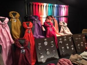 Bijoux pour écharpes