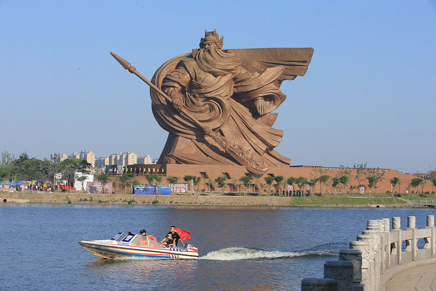 estatua-china-dios-de-la-guerra-