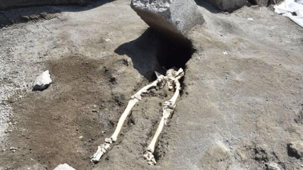 Hombre murio aplastado en pompeya