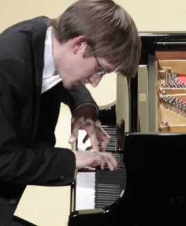 marcin-koziak-pianist