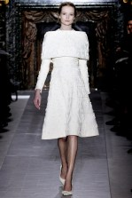 valentino-couture-spring-2013-09_172009521240