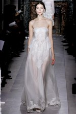valentino-couture-spring-2013-23_172020379285