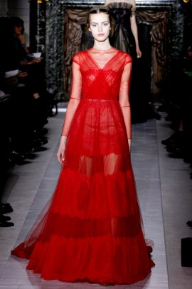 valentino-couture-spring-2013-37_172031314025