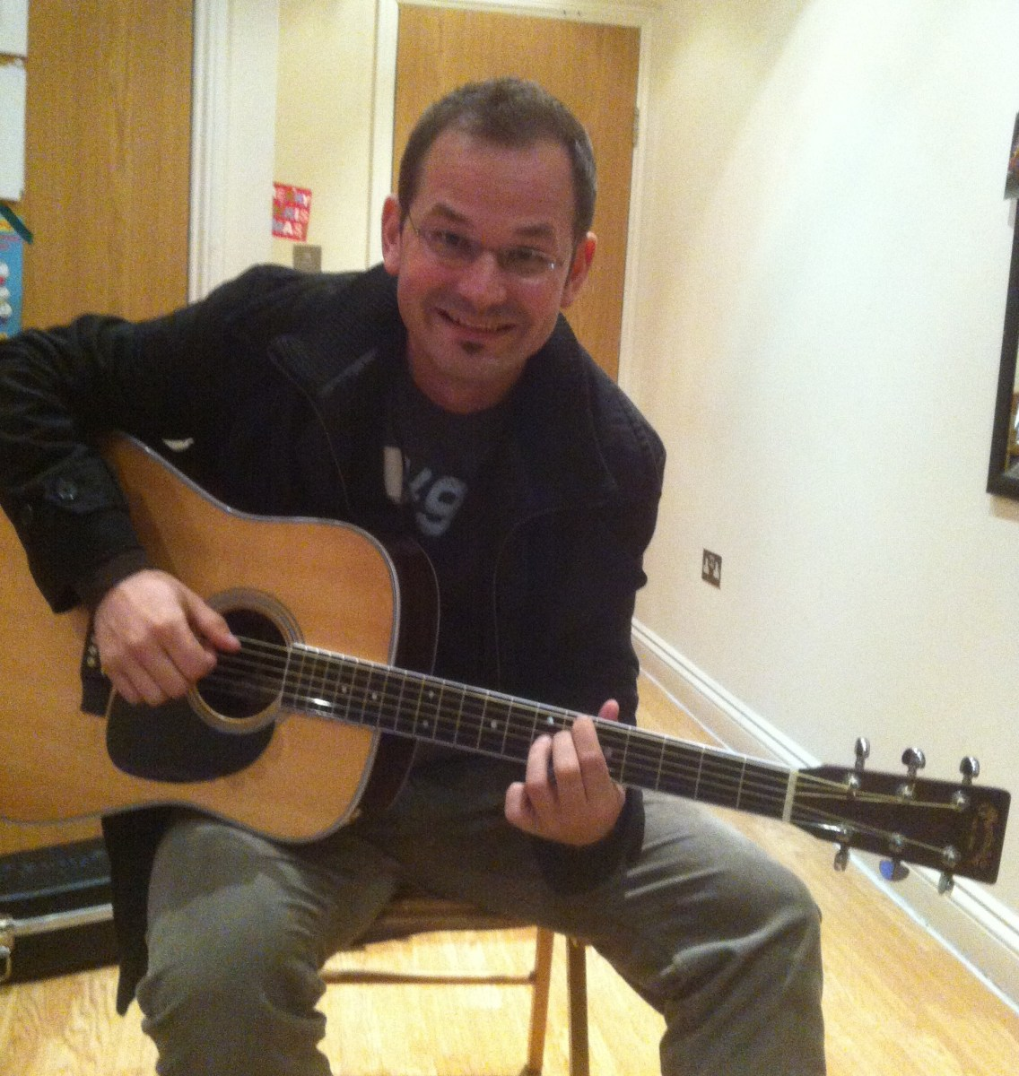 Marc Sallin - Five Days Acoustic Guitar Lesson with Marco Cirillo - London Guitar Tutor in London