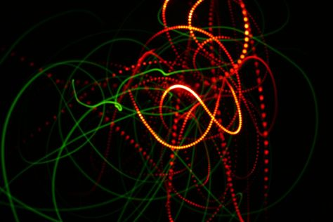 """Surreali questi """"giochi di luce"""" di Enea Francia"""
