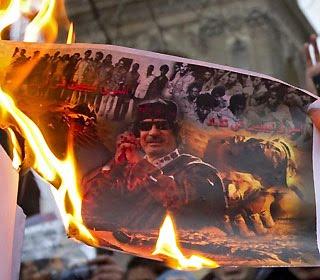 Foto del Raìs bruciata - Fonte Internet -