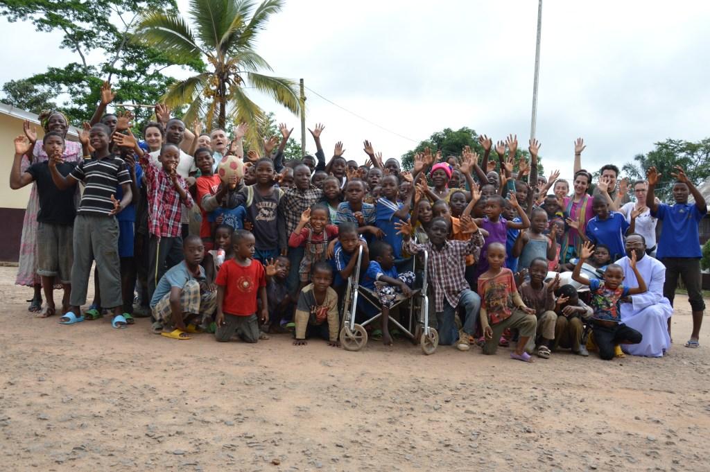 Tutti i bambini di Ebolowa