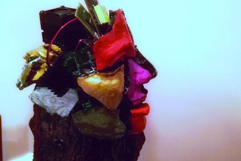 Intelligenza Umana o Artificiale. Opera di Marco Costarelli da completare.