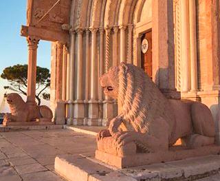 Ancona, quando il sole tramonta ad Est - San Ciriaco al tramonto