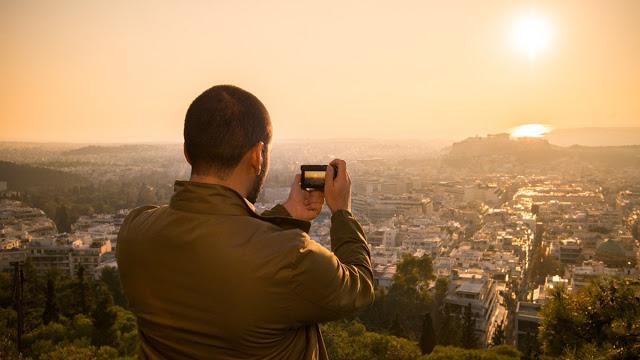 La scelta della fotocamera ideale per il fotografo di viaggio