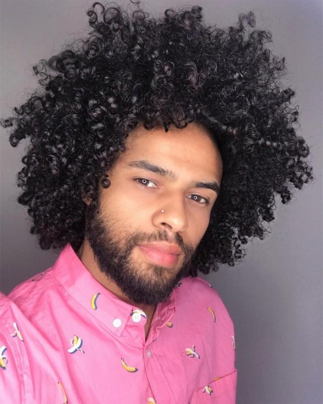 Corte de cabelo Black Power para homens