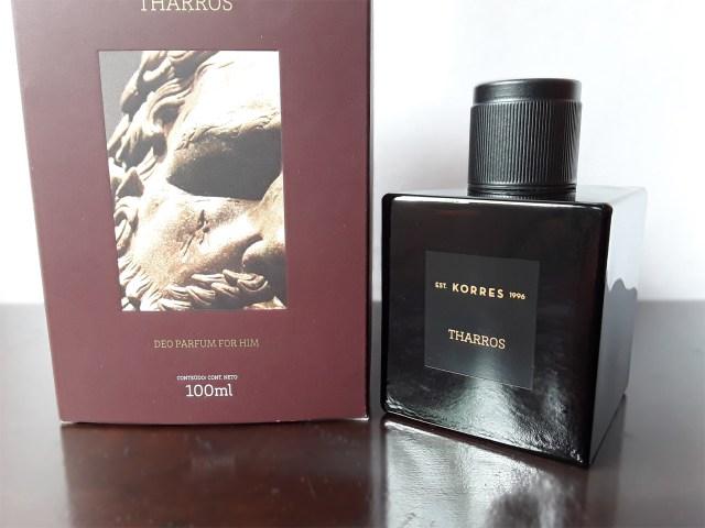 Embalagens do perfume Tharros da Korres
