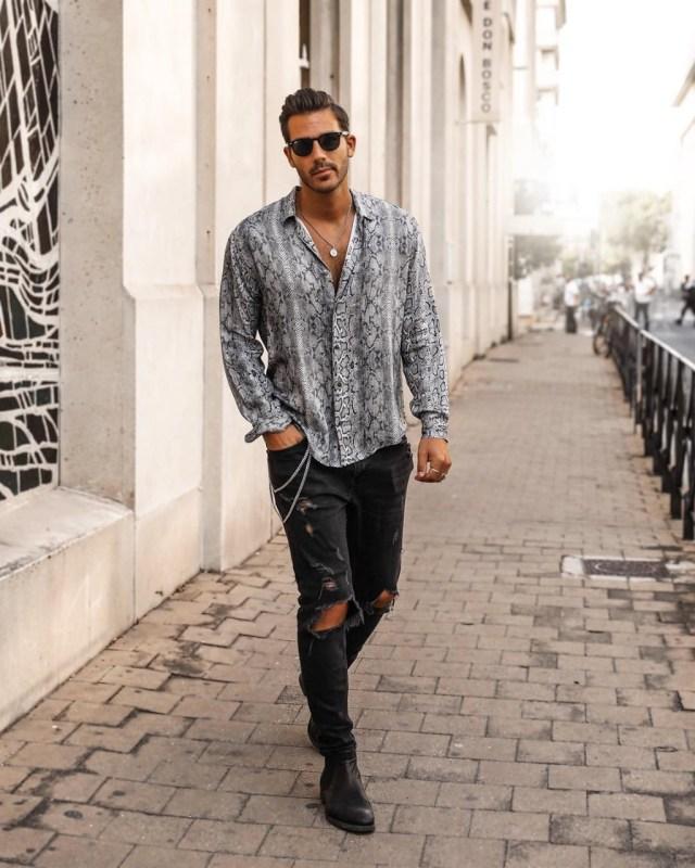 Camisa casual masculina com estampa de cobra