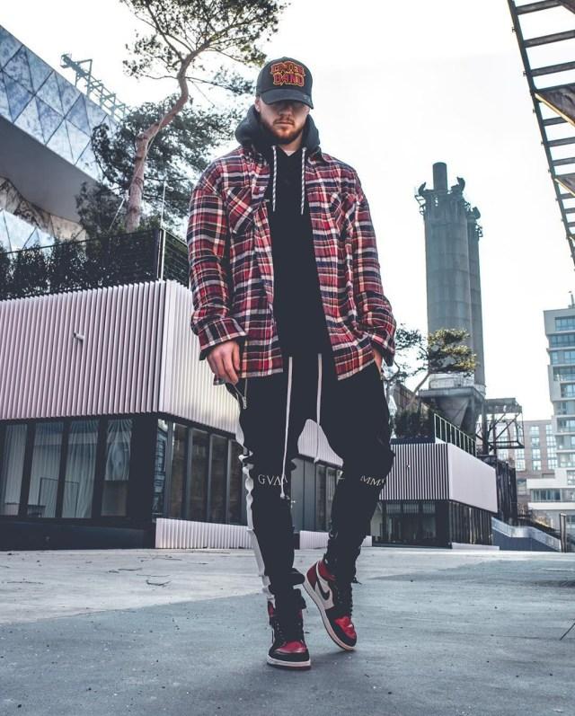 Look street style masculino com boné