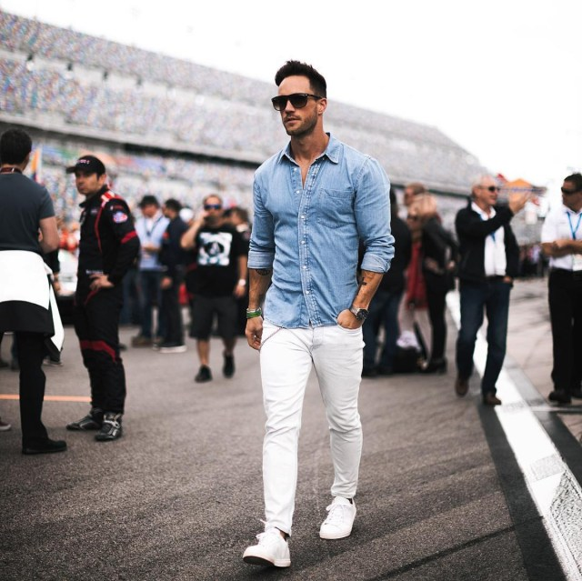 Camisa jeans masculina: dicas de como usar - Marco da Moda