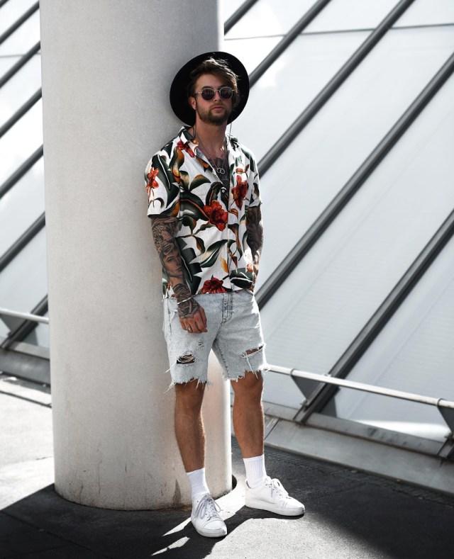 Bermuda jeans masculina para a primavera verão