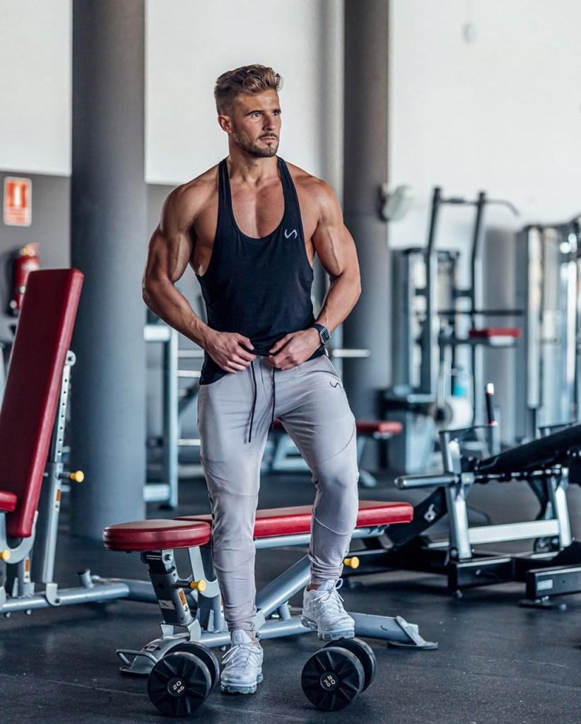 Roupa de academia masculina: poliamida