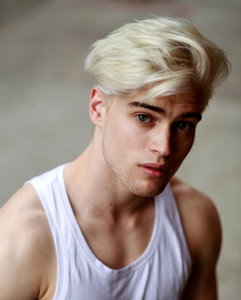 Cabelo platinado masculino - Marco da Moda