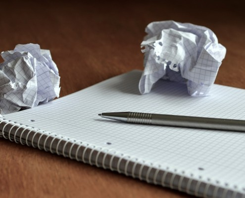 email-marketing-quaderno-writing