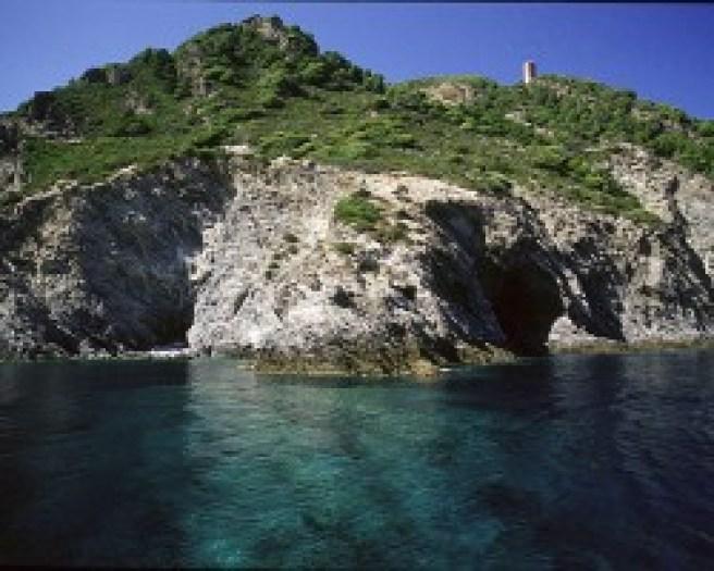 Le acque limpide dell'Isola