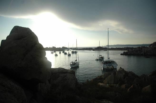 La cala nel Parco di Lavezzi in Corsica