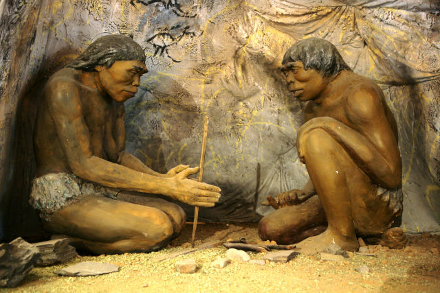 Diorama, cavemen - National Museum of Mongolian History
