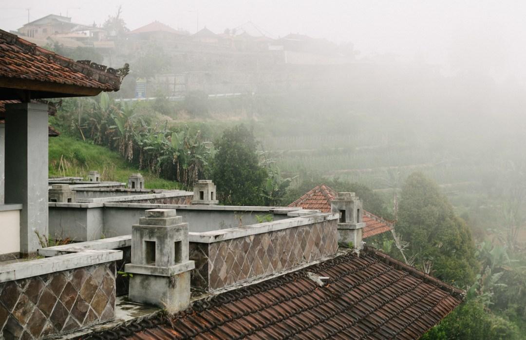 Taman Rekreasi Bedugul Lost Place Bali verlassenes Hotel haunted hotel ghost palace hotel marcoschur.de marco schur fotografie leipzig indonesien bali
