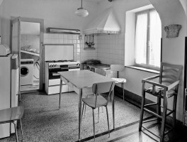 Family Kitchen I