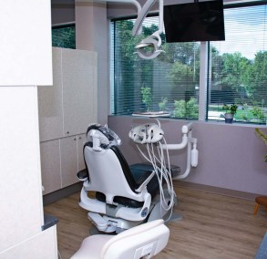 marcus dental patient examination room with the examination chair - Tour The Office