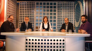Marcus Fernández, izquierda, Xavier Alcalá, Susana López, Rubén Cela y Berto Yáñez en Correo TV