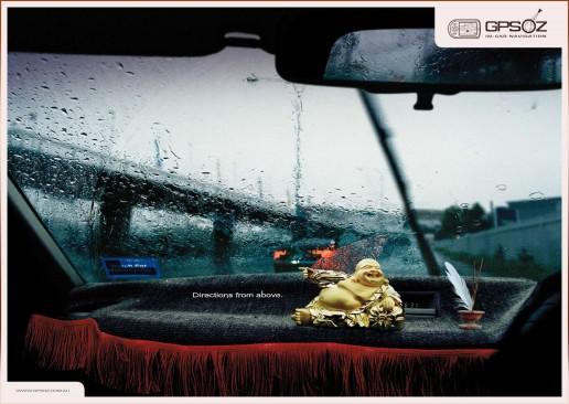 Buda no salpicadeiro do coche