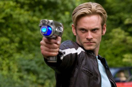 Flash Gordon cunha pistola retrofuturista