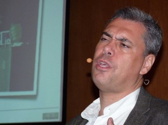 Enrique Dans durante o seu relatorio no XGN 2012