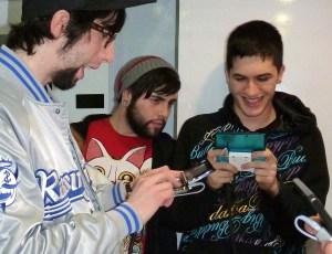 Isma probando unha 3DS