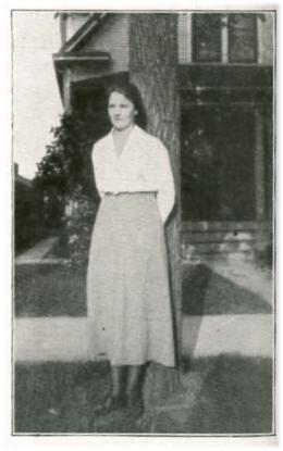 Photo of Signe Aurell from issue #8 of Bokstugan in 1920