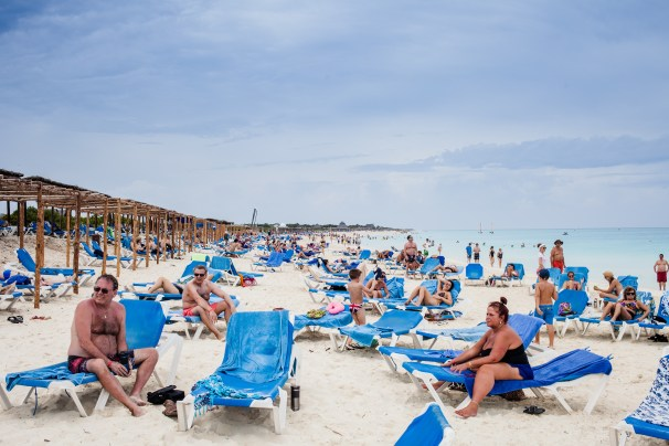 Cuba Beach With many Canadian Tourists