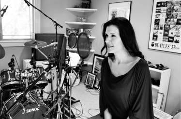 """Arms of Love"" - Marcy In the Studio"