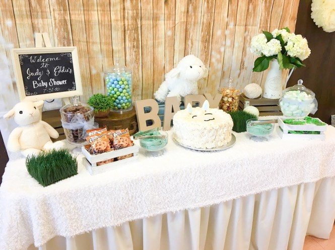 Drinks From A Little Lamb Baby Shower Via Kara S Party Ideas Karaspartyideas Com