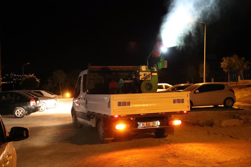 Mardin'de kent genelinde ilaçlama çalışmaları sürüyor
