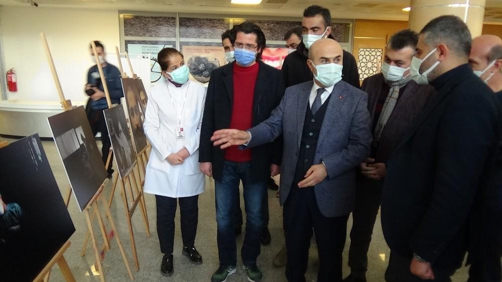 Sağlık çalışanlarının korona virüs mücadelesi fotoğraflara yansıdı
