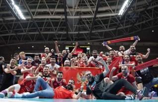 Voleybol Efeler Ligi'ne yükselen Kızıltepe ve Cizre ekibine GSYD'den tebrik