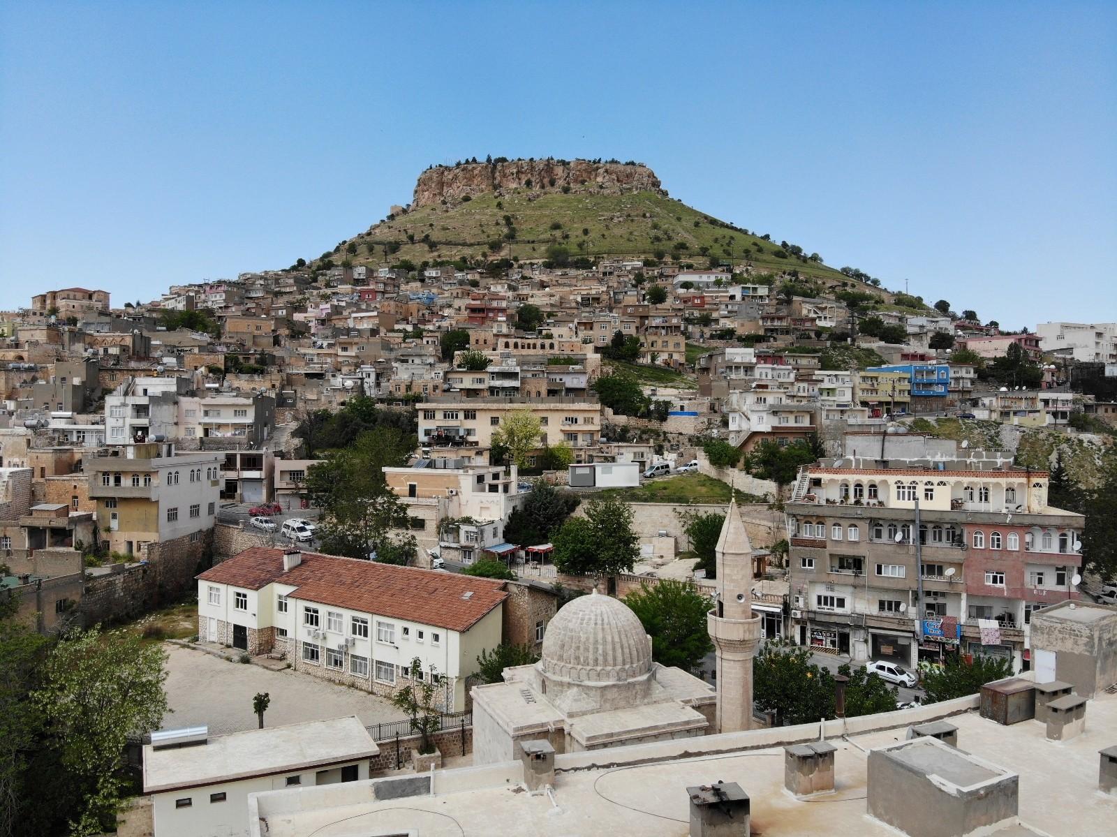 Mardin'de kısıtlama nedeniyle bayram coşkusunun yerini sessizlik aldı
