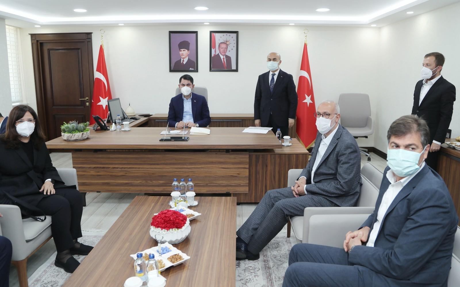 """Bakan Kurum: """"Hedefimiz 2023'ün, 2053 ve 2071'in Mardin'i için var gücümüzle çalışmak"""""""