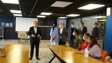 Türkiye Belediyeler Birliği Kongresi'ne ve Ankara Buluşması'na gidecek olan 60 öğrenci Mardin'den uğurlandı