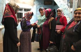 Ak Partili Kadınlardan duygulandıran ziyaret